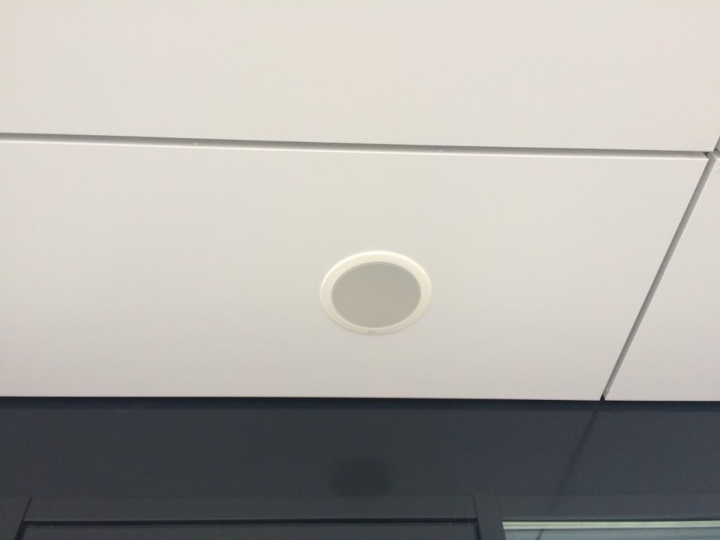 plafond luidspreker 1